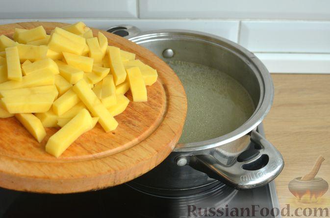 Фото приготовления рецепта: Борщ с яблоками - шаг №10
