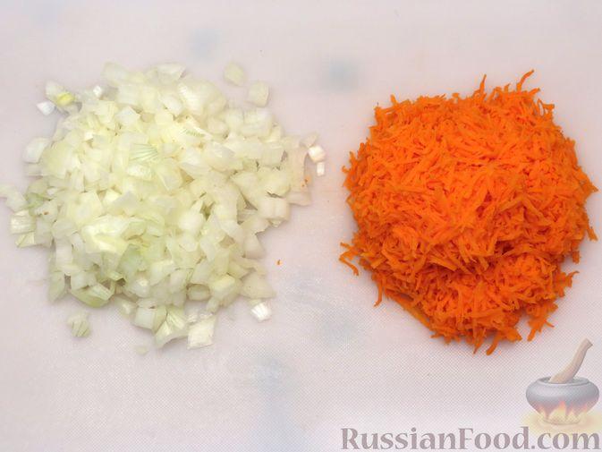 Фото приготовления рецепта: Котлеты из тыквы с картофелем - шаг №9