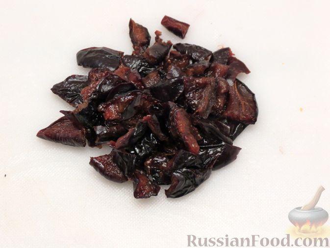 Фото приготовления рецепта: Мясной террин с сухофруктами (в духовке) - шаг №8