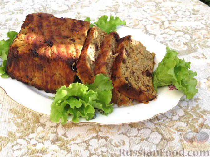 Фото приготовления рецепта: Мясной террин с сухофруктами (в духовке) - шаг №14