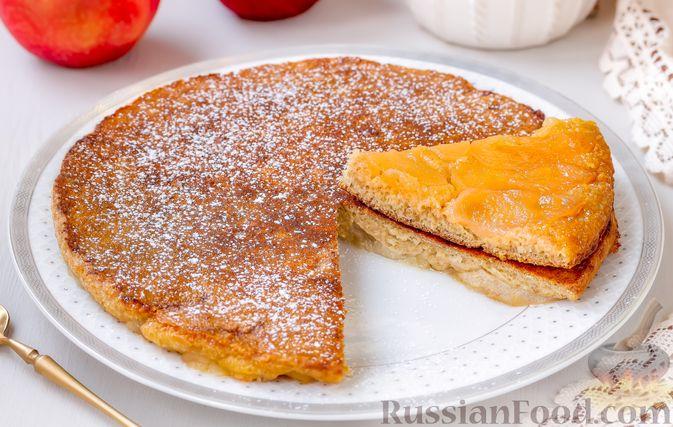 Фото к рецепту: Овсяноблин с яблоками (в духовке)