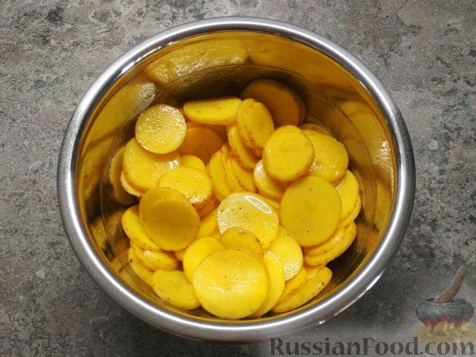 Фото приготовления рецепта: Фокачча с картофелем - шаг №5