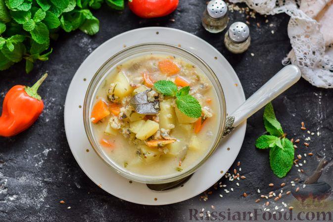 Фото приготовления рецепта: Рыбный суп из консервов, с пшеном - шаг №9