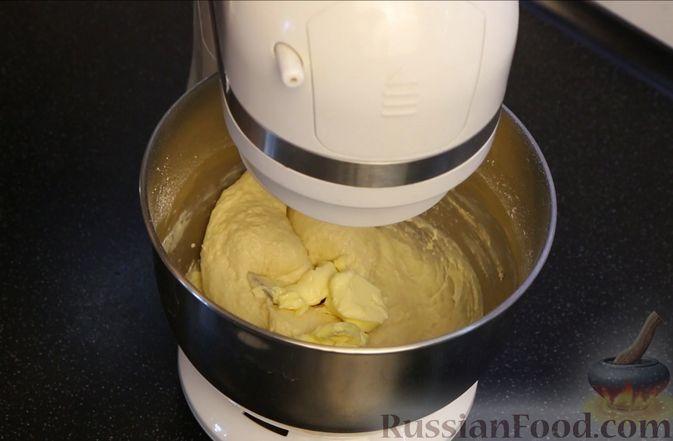 """Фото приготовления рецепта: Пирог """"Сахарная корочка"""" - шаг №3"""