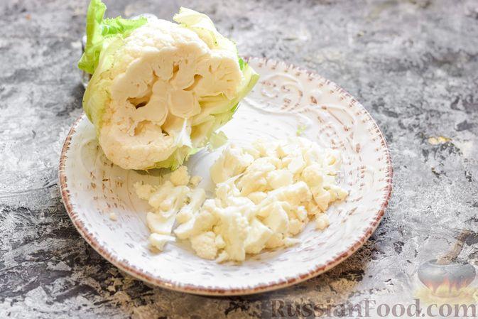 Фото приготовления рецепта: Борщ с белокочанной, цветной и пекинской капустой - шаг №8