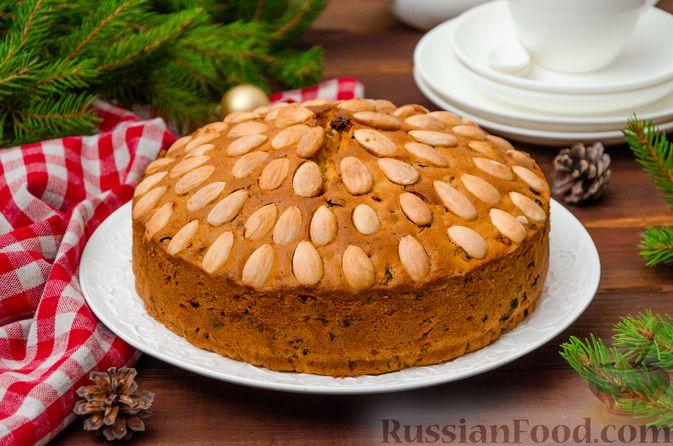 """Фото к рецепту: Шотландский рождественский кекс """"Данди"""""""