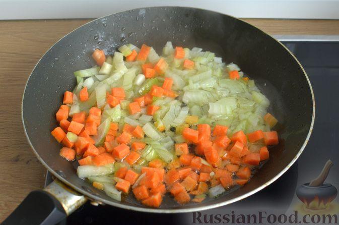 Фото приготовления рецепта: Гречневый суп с рыбными консервами - шаг №5