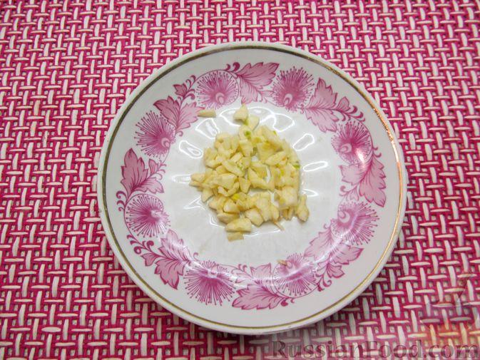 Фото приготовления рецепта: Булгур с мясным фаршем и томатной пастой (на сковороде) - шаг №4