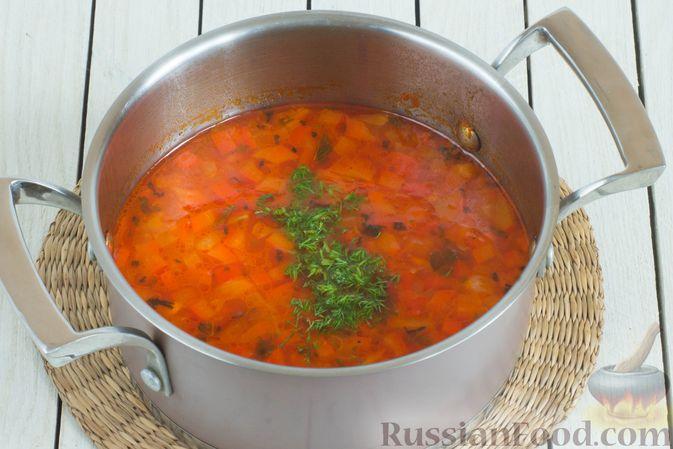 Фото приготовления рецепта: Овощной суп с нутом и чечевицей - шаг №9