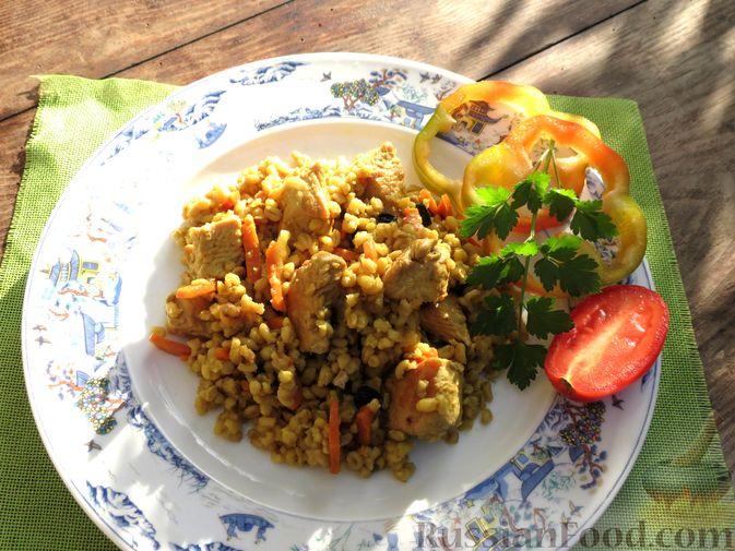 Фото приготовления рецепта: Плов из булгура с индейкой (на сковороде) - шаг №9