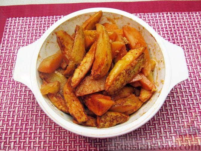 Фото приготовления рецепта: Картошка по-деревенски, в микроволновке - шаг №11