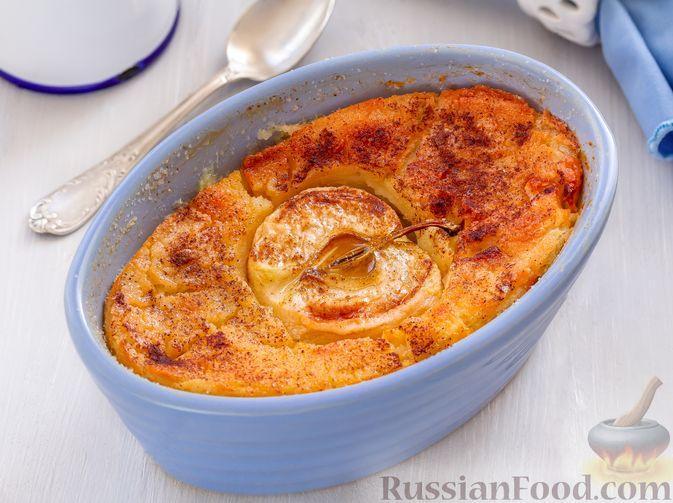 Фото приготовления рецепта: Запечённая манная каша с яблоками - шаг №9