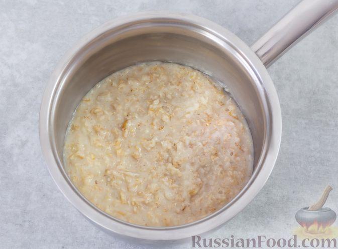 """Фото приготовления рецепта: """"Двойная"""" шоколадная овсянка на воде, с яблочно-банановым пюре - шаг №3"""