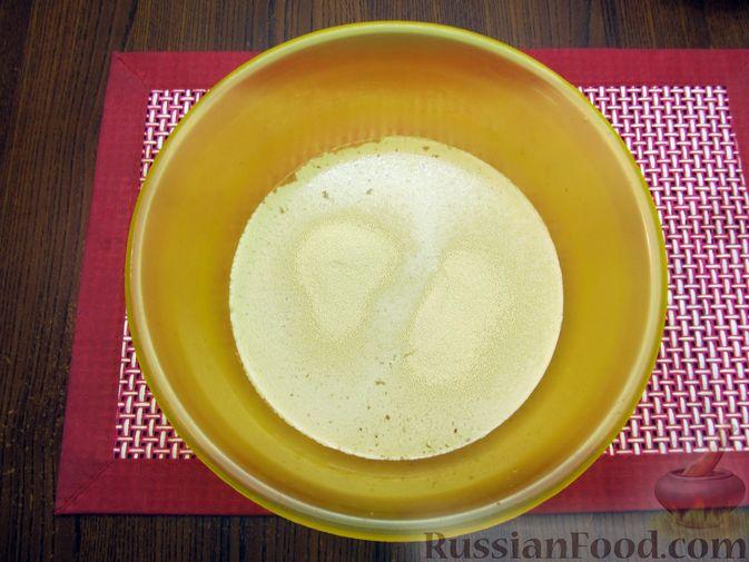 Фото приготовления рецепта: Цельнозерновой пшеничный хлеб с мёдом - шаг №2