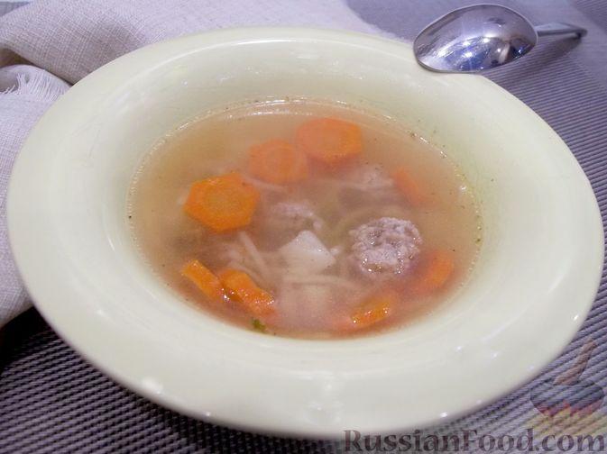 Фото к рецепту: Суп с куриными фрикадельками и вермишелью