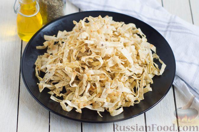 Фото к рецепту: Чипсы из лаваша (на сковороде)