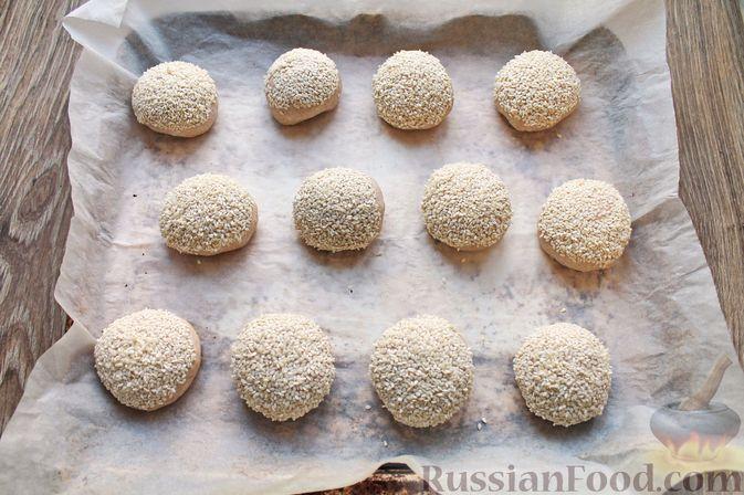 Фото приготовления рецепта: Булочки из цельнозерновой муки - шаг №17