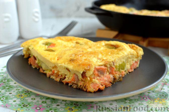 Фото к рецепту: Фриттата с лососем и брюссельской капустой