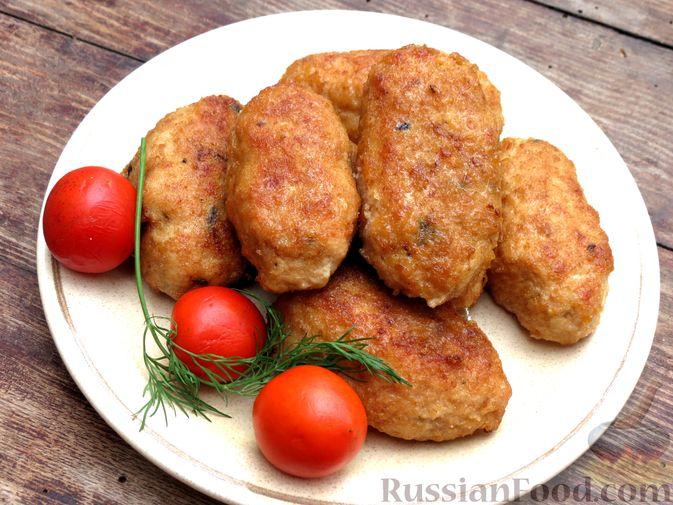 Фото к рецепту: Зразы из индейки с шампиньонами и сыром (в духовке)