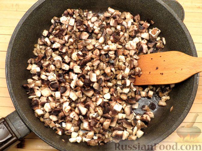 Фото приготовления рецепта: Зразы из индейки с шампиньонами и сыром (в духовке) - шаг №3