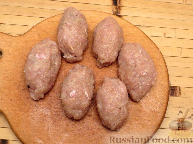 Фото приготовления рецепта: Зразы из индейки с шампиньонами и сыром (в духовке) - шаг №8