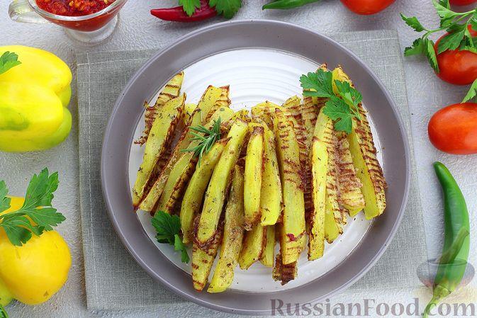 """Фото к рецепту: Картошка """"фри"""" с яичным белком, запечённая в духовке"""
