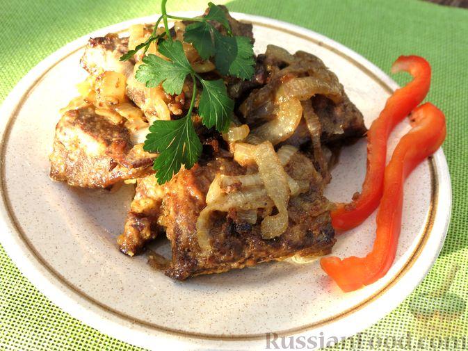 Фото к рецепту: Жареная свиная печень с луком