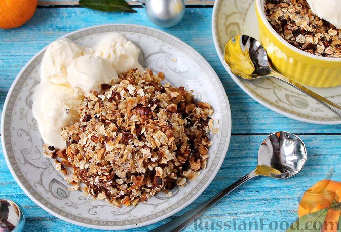 Фото к рецепту: Овсяный крамбл с мандаринами