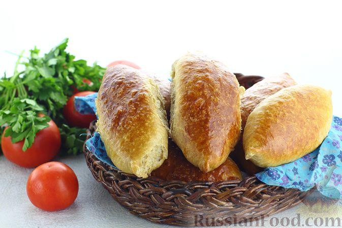 Фото приготовления рецепта: Пшенично-гречневые пирожки с зелёным луком и яйцами (в духовке) - шаг №17