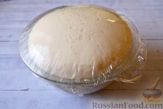 Фото приготовления рецепта: Сдобные булочки на мучной заварке, с вареньем - шаг №19