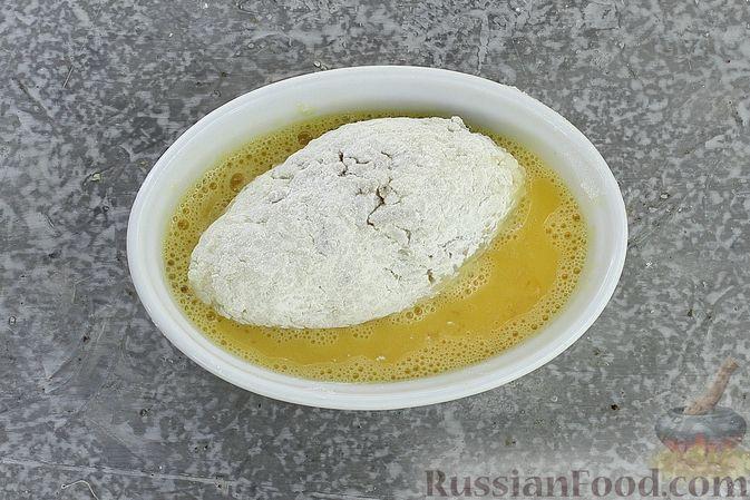 Фото приготовления рецепта: Зразы из риса с мясным фаршем, на сковороде - шаг №13