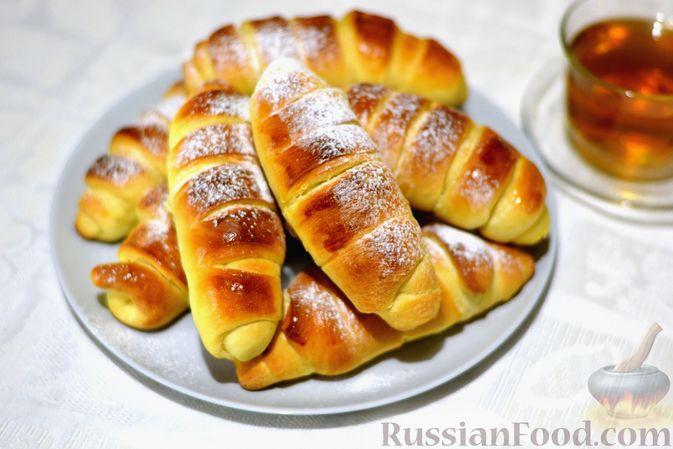 Фото к рецепту: Сдобные булочки с пудингом
