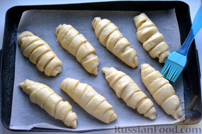 Фото приготовления рецепта: Сдобные булочки с пудингом - шаг №18