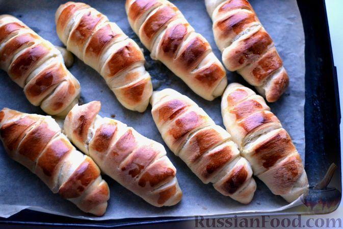 Фото приготовления рецепта: Сдобные булочки с пудингом - шаг №19