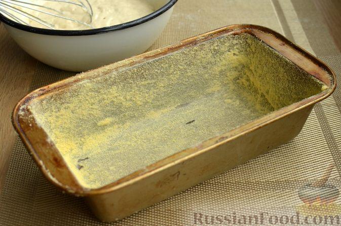 Фото приготовления рецепта: Бездрожжевой хлеб на пиве - шаг №5