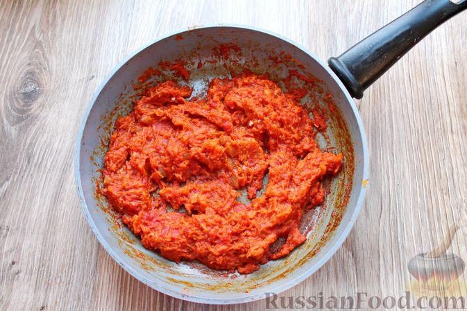 Фото приготовления рецепта: Рыбный суп с консервированными томатами - шаг №7