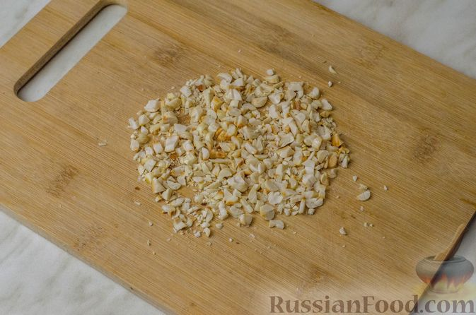Фото приготовления рецепта: Апельсиновый кекс с клюквой и белковой глазурью - шаг №19