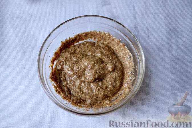 Фото приготовления рецепта: Льняная лепёшка без пшеничной муки (в микроволновке) - шаг №9