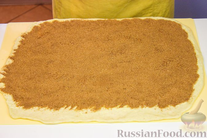 "Фото приготовления рецепта: Тающие булочки ""Синнабон"" - шаг №5"