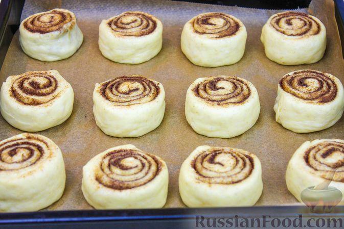 "Фото приготовления рецепта: Тающие булочки ""Синнабон"" - шаг №7"
