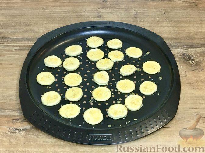 Фото приготовления рецепта: Волованы с курицей и грибами - шаг №10