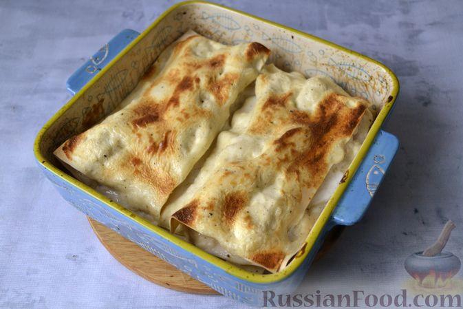 Фото приготовления рецепта: Лазанья с рыбой, помидором и сыром - шаг №18