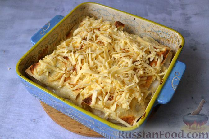 Фото приготовления рецепта: Лазанья с рыбой, помидором и сыром - шаг №19