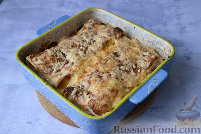Фото приготовления рецепта: Лазанья с рыбой, помидором и сыром - шаг №20