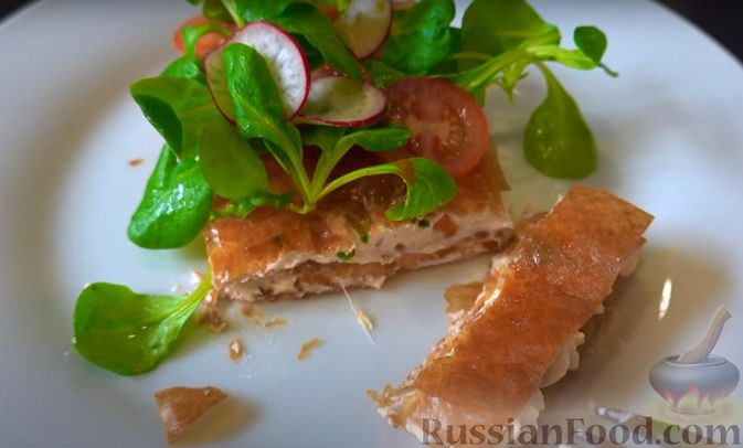 Фото приготовления рецепта: Закуска из теста фило с кремом из сёмги и сливочного сыра - шаг №7