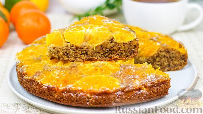 Фото к рецепту: Миндальный пирог с мандаринами
