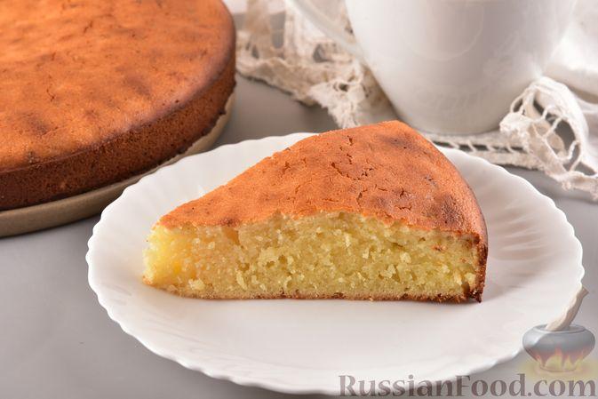 Фото к рецепту: Несладкий манник на кефире, с плавленым сыром