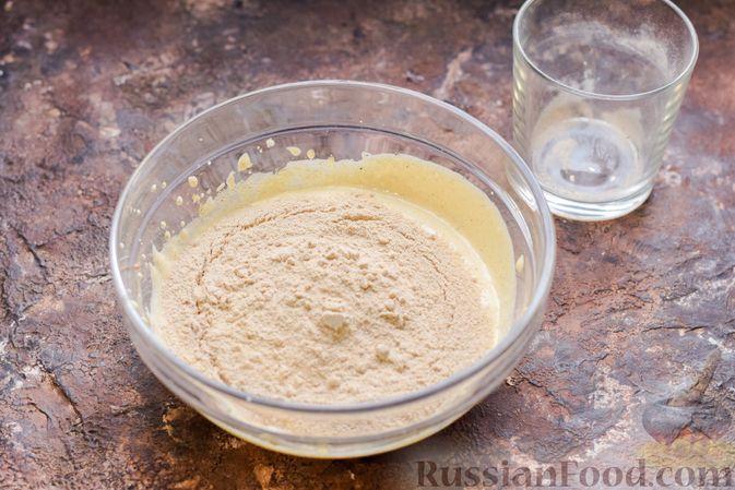 Фото приготовления рецепта: Гречневый бисквит с корицей - шаг №5