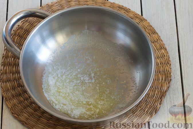 Фото приготовления рецепта: Конфеты из попкорна с маршмеллоу - шаг №3