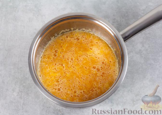 Фото приготовления рецепта: Сметанно-мандариновое желе - шаг №4